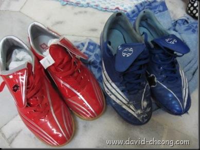 old blue addidas futsal shoe, new lotto futsal shoe