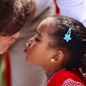 Kiss by Victor Queiroz - Babies & Children Children Candids