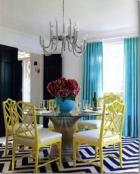 jonathan_adler_liz_lange_country_residence_home_dining_room_yellow_chippendale_chairs_zigzag_rug_platner_table_turquoise_drapes_curtains