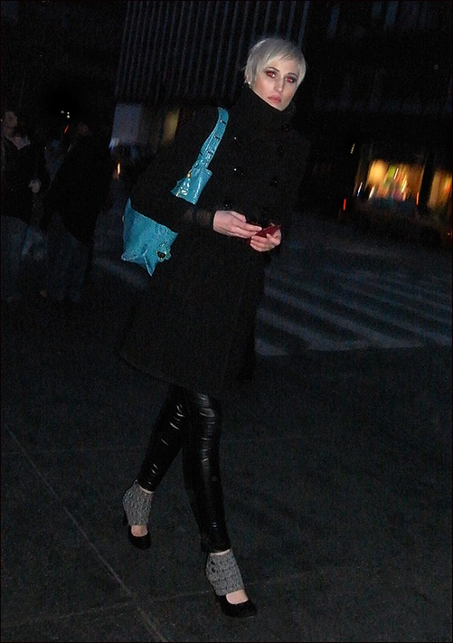 w black leggings and coat blue bag
