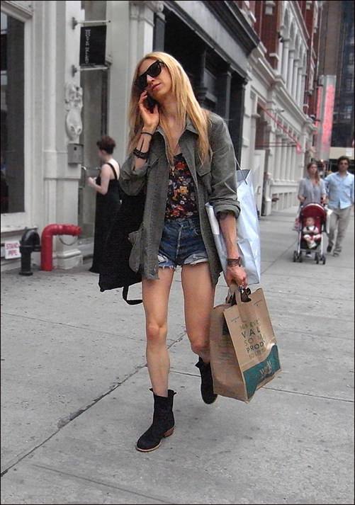 w cut offs flower shirt under long sleeve shirt WF bag