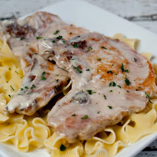 Slow Cooker Pork Chops In Cream Of Mushroom Soup.