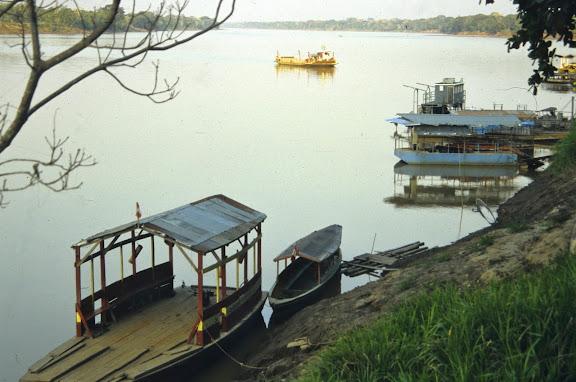 Le Madre de Dios à Puerto Maldonado, août 2004. Photo : J.-M. Gayman