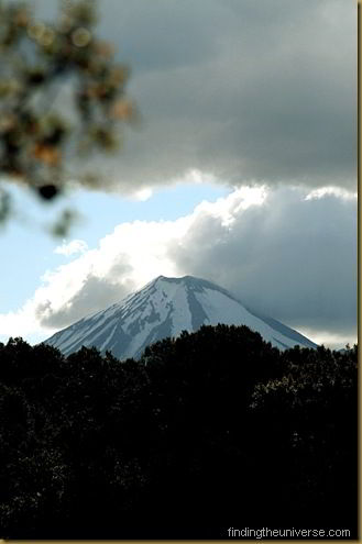 Mount Ngauruhoe from the other side. Looks about the same.