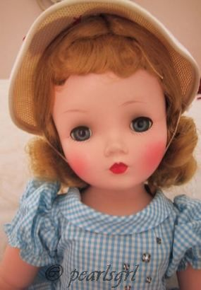Alice in Wonderland Madame Alexander Binnie walker Cissy doll 1950s