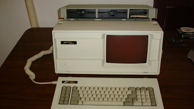 1984 Zenith Z-160 Transportable Computer with manuals