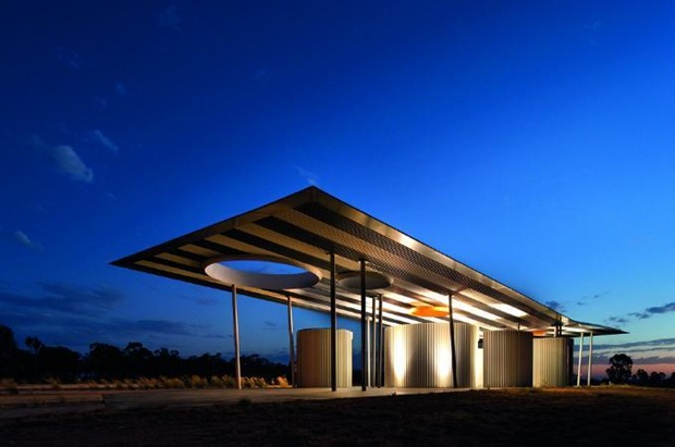 calder-woodburn-rest-area-architecture