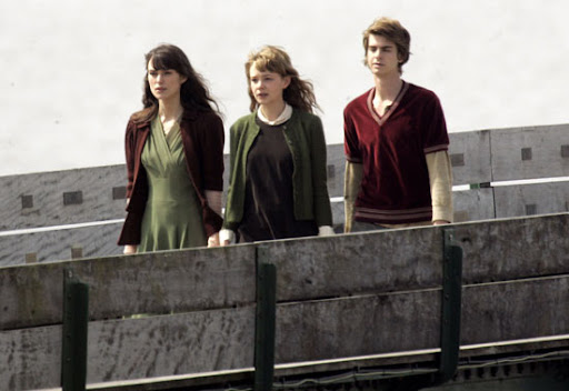 Keira Knightly Carey Mulligan Andrew Garfield Never Let Me Go