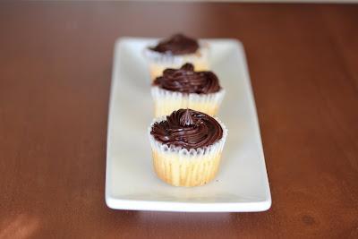 Mini vanilla bean cupcakes