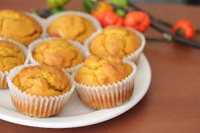 a plate of pumpkin muffins.