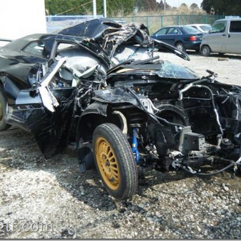 One Very Wrecked Nissan GT-R From Japan
