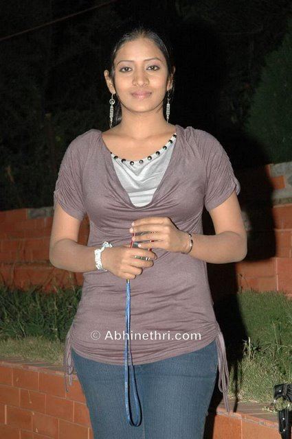 Tollywood hot actress stills<br />