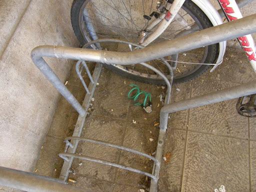 06c6b2b7e49f biciklitolvaj, biztonság, blog, Budapest, kerékpár, levágott biciklizár,  Nagyvásárcsarnok, Vásárcsarnok