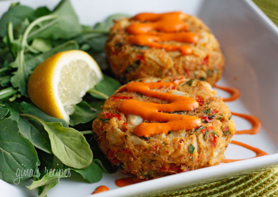 Baked Lump Crab Cakes with Red Pepper Chipotle Lime Sauce Skinnytaste