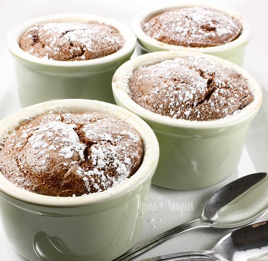 These chocolate banana soufflés are light and fluffy and made using mostly egg whites and no flour, which is great if you are on a low carb, or gluten free diet.