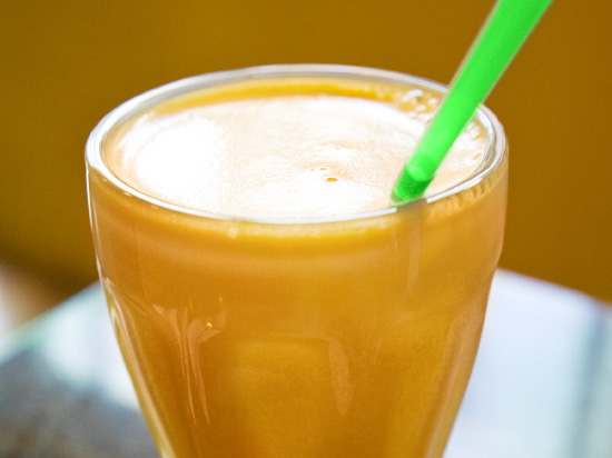 This greek yogurt and pumpkin smoothie is the perfect breakfast on the go for the pumpkin obsessed.