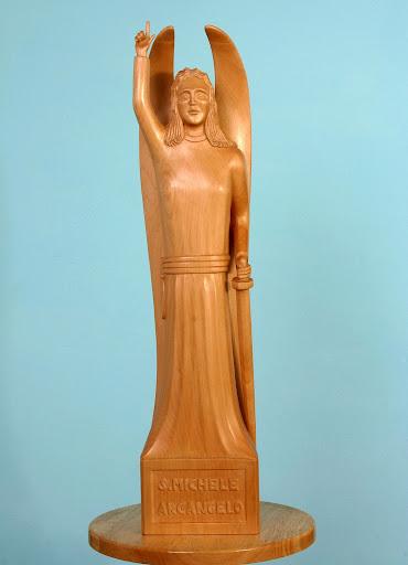 Statua dell'arcangelo Michele di Giovanni Perissinotto