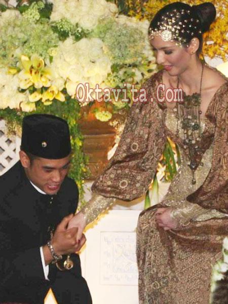 Pernikahan Nia R...Nia Ramadhani Wedding