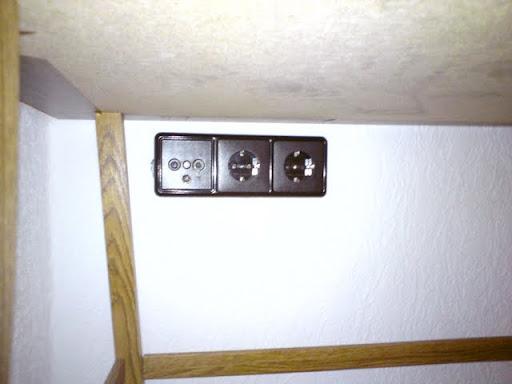 neue abdeckungen auf alte merten eins tze. Black Bedroom Furniture Sets. Home Design Ideas