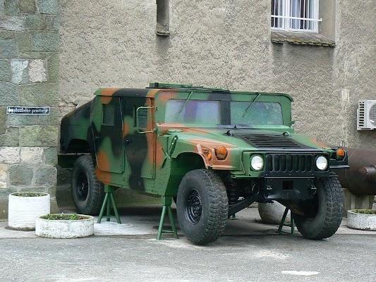 Imagini Serbia: Humvee - Muzeul Militar Belgrad