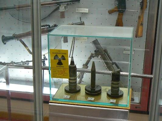 Imagini Serbia: gloante radioactive