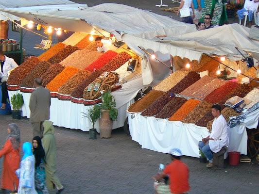 Imagini Maroc: Jema el-Fnaa Marrakech - arahide.JPG