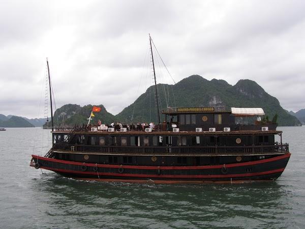 Imagini Vietnam: Halong Bay vasul