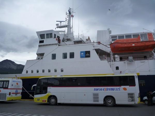 Imagini Argentina: vaporul spre Antarctica, portul Ushuaia