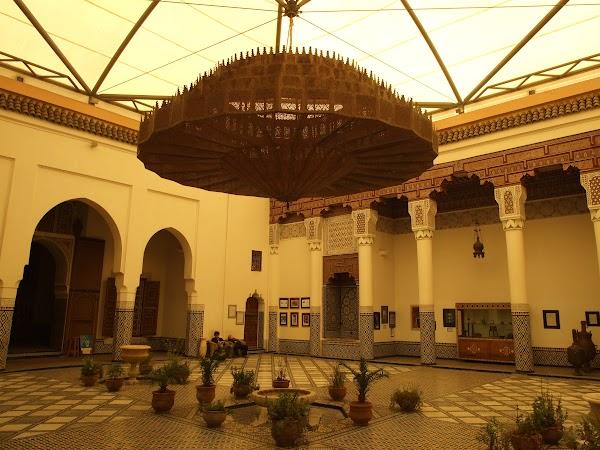 Obiective turistice Maroc: Palat Marrakech.JPG