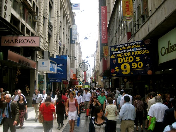 Obiective turistice Argentina: calle florida pt shopping Buenos Aires