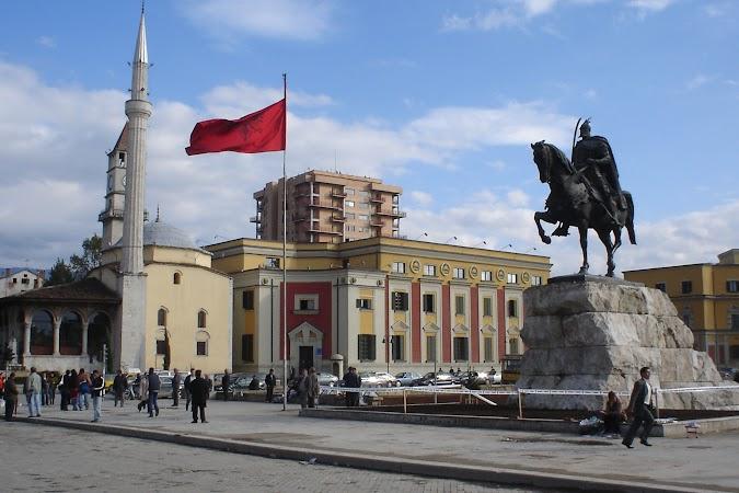 Imagini Albania: Tirana.jpg