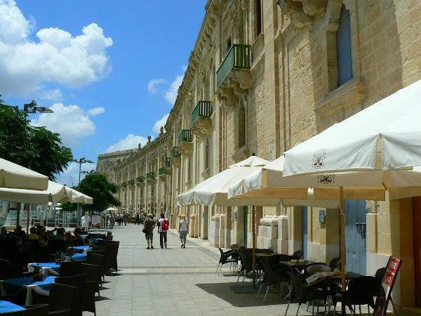 Obiective turistice Malta: Floriana.JPG