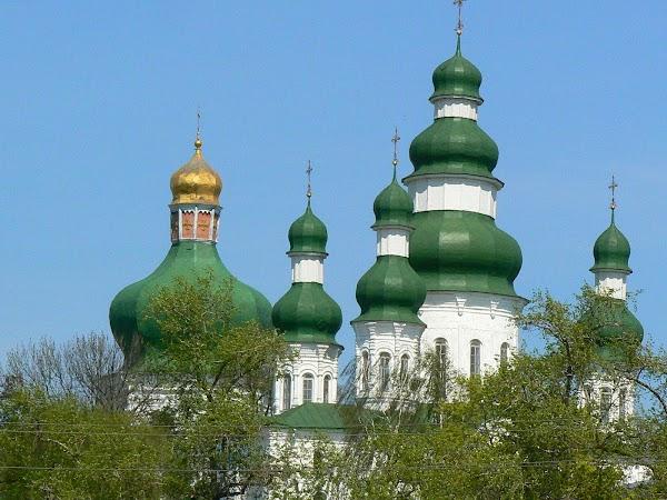 Obiective turistice Ucraina: biserica Trinitatii.JPG