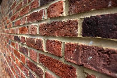 伦敦汉普斯特德花园郊区的砖墙