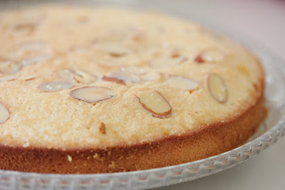 close-up photo of an almond cake