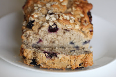 close-up photo of Blueberry bread