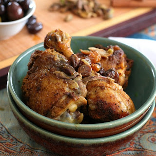 Chicken Tagine with Raisins and Pistachios – Low Carb and Gluten-Free.