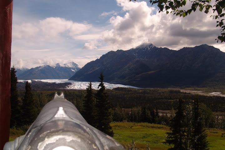 Vista do Matanuska Glaciar da janela do Long Rifle Lodge