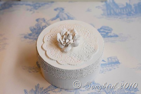 Rose box white2