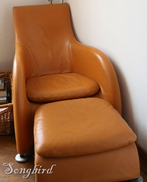 Orange chair2