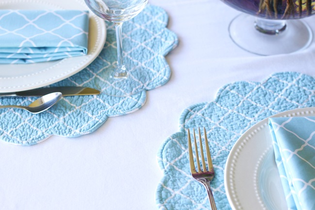 blue white placemats