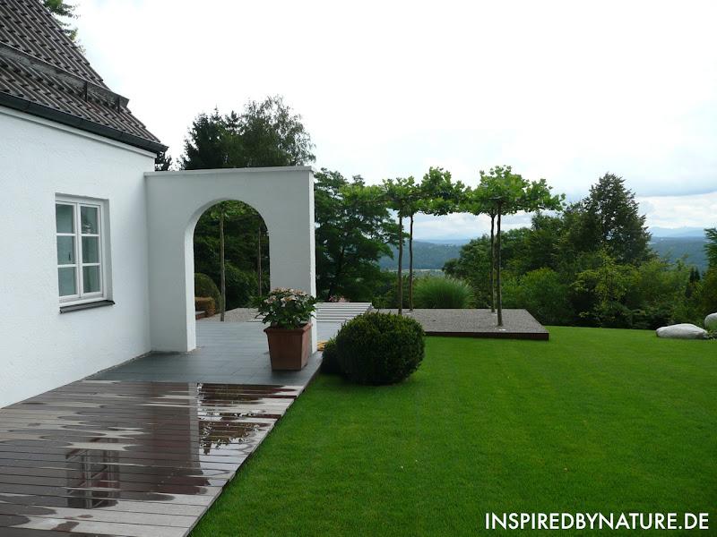 moderne g rten s d deutschland inspired by nature planung gartendesign. Black Bedroom Furniture Sets. Home Design Ideas