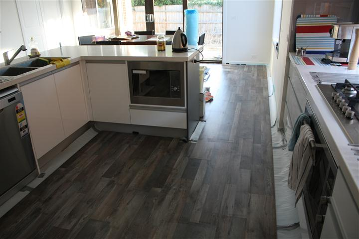 Kitchen Flooring Is Done The Only Parts I M Leaving For Later Are Small Gaps Where Have To Cut Boards Lengthways Slot Them In Hoping