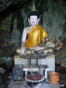 Wat Tam Khaokriab