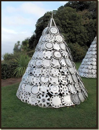Hub cap sculpture