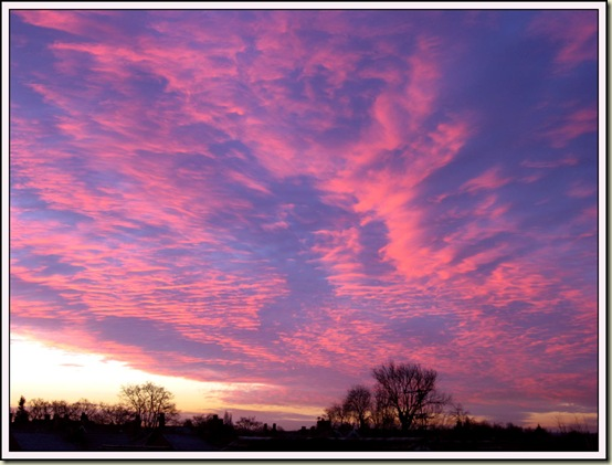 Sunrise over Timperley - 11/12/07