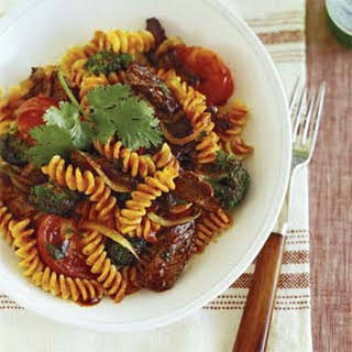 Beef with Tomatoes, Pasta, and Chili Sauce.