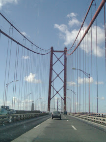 Puente 25 de abril