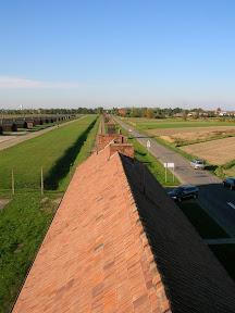 174 - Auschwitz II - Birkenau, desde la torre de la entrada.JPG