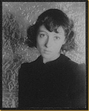 200px-Luise_Rainer_facing_front